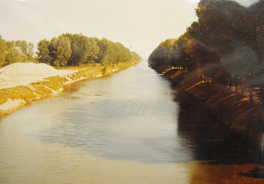 Popatrunok z mosta spram Rizkasi